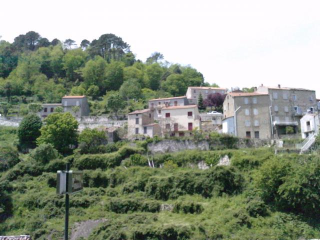 Serra-di-Scopamène, une partie du Village