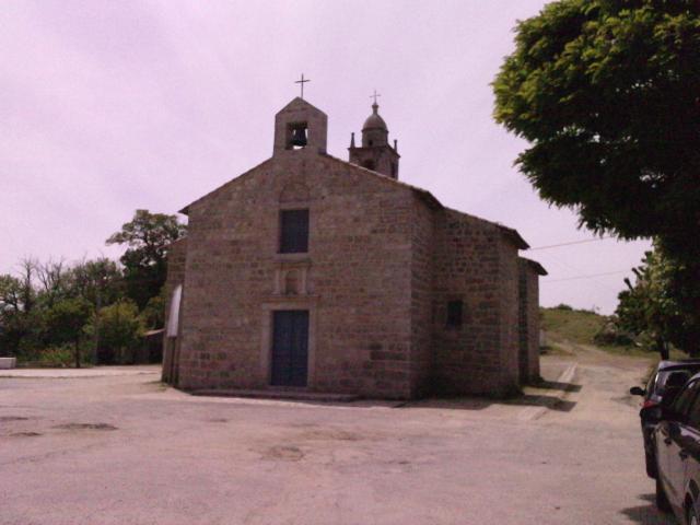église d`Aullène simplicité et particularité des 2 clochers